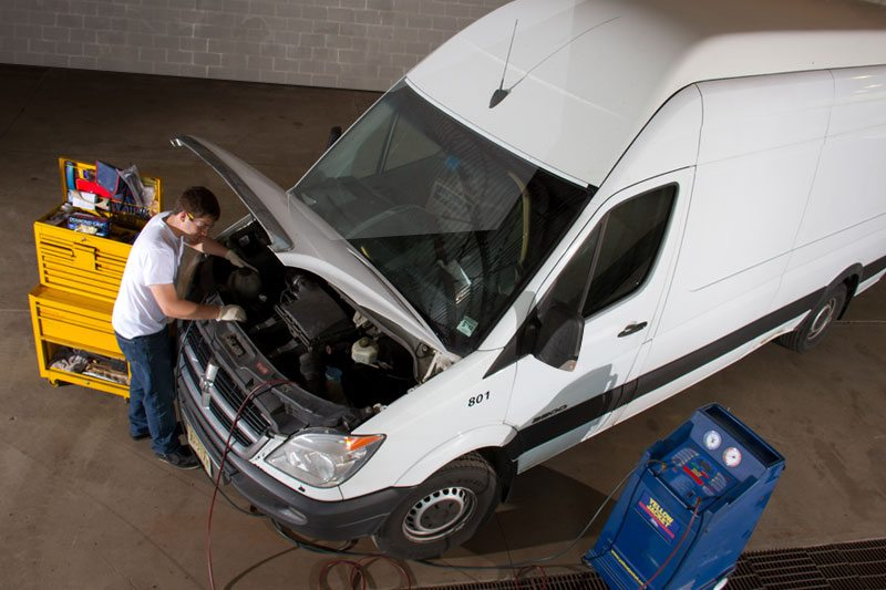 Sprinter service mechanic repairs AC heating North America